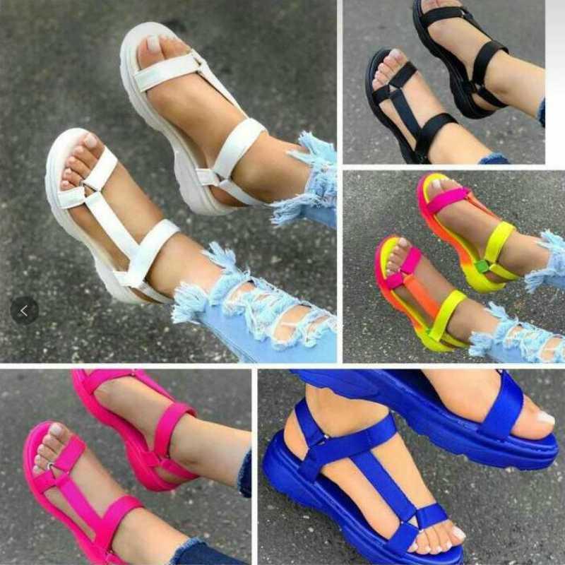 Talones del verano de las mujeres sandalias plataforma plana suela gruesa punta abierta HookLoop de última moda de playa zapatos de las señoras Sandalias Mujer 2018