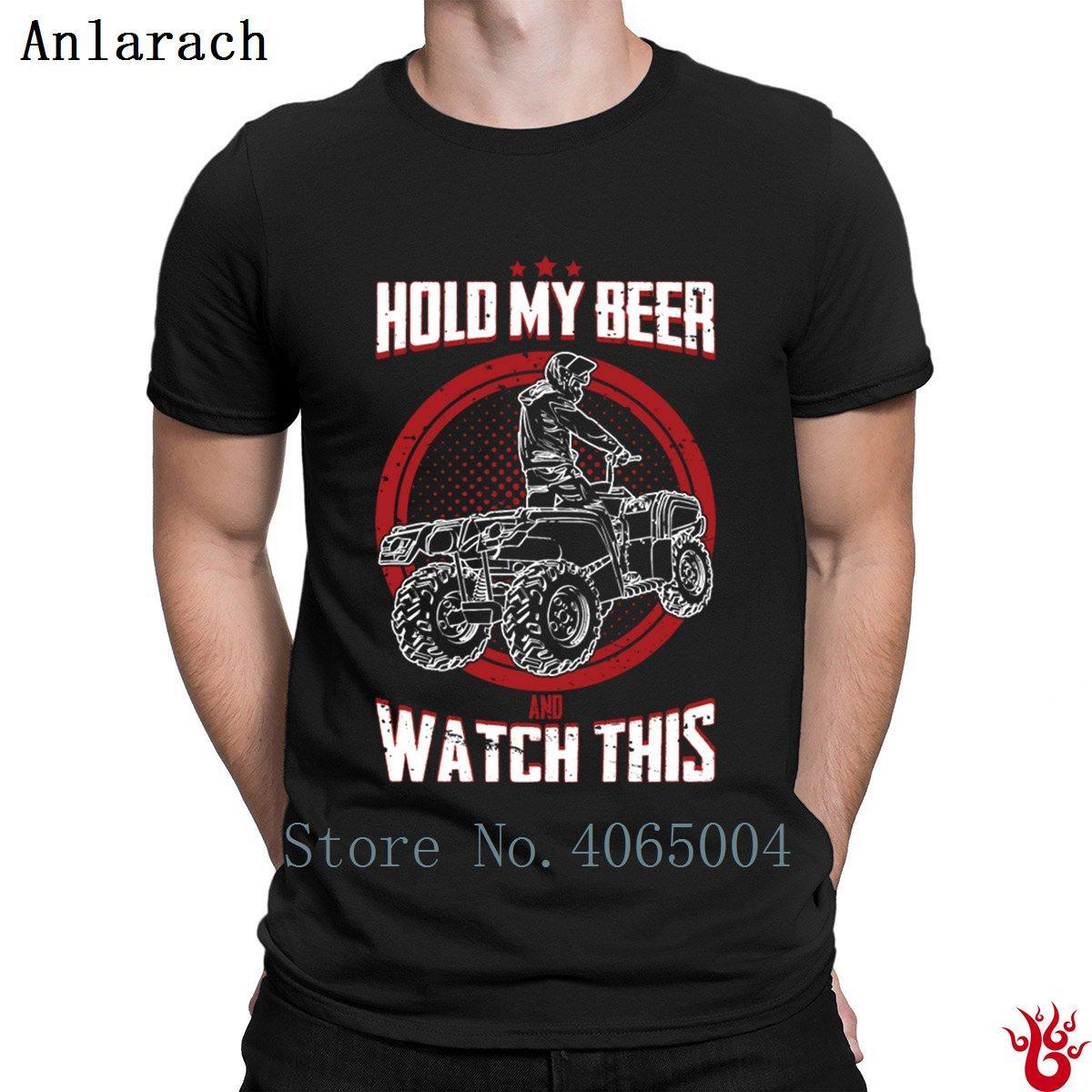 Tenere mia birra e guardare questa estrema veicolo a quattro ruote T-shirt lettere Pop Top Tee maglietta per gli uomini 2018 regalo cool O Collo di base