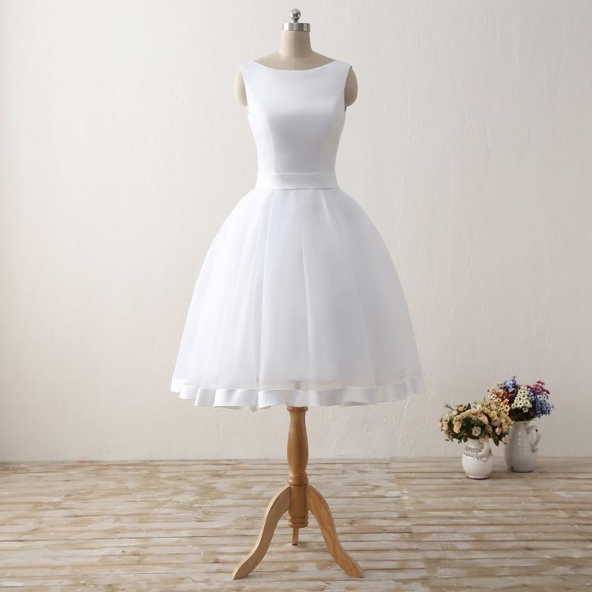 Cheap Short Beach Wedding Dresses 2019 Backless Women Knee Length Organza Satin Formal Bridal Party Gowns White Dress With Bow Y19072901