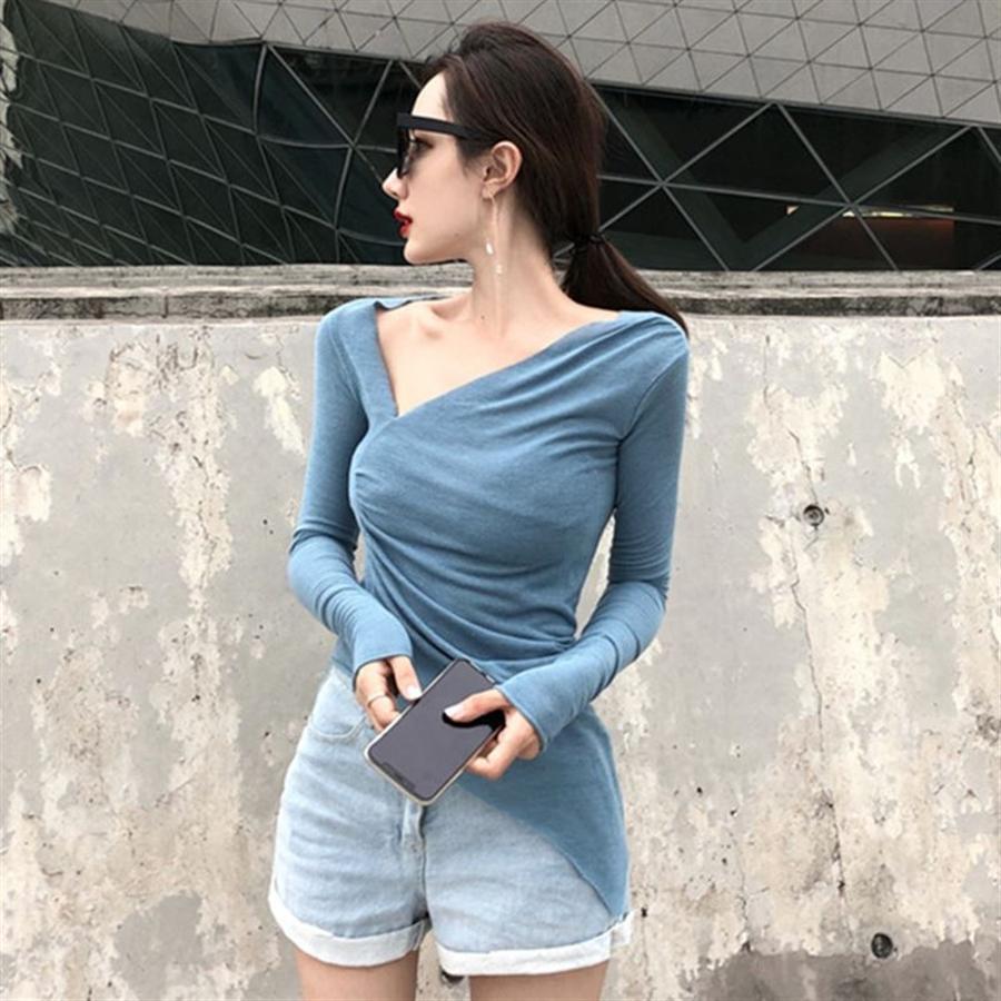 Kadın sonbahar eğimli yaka uzun kollu taban düzensiz ince düzensiz ince T- Kadın sonbahar eğimli yaka uzun gömlek kollu taban gömlek