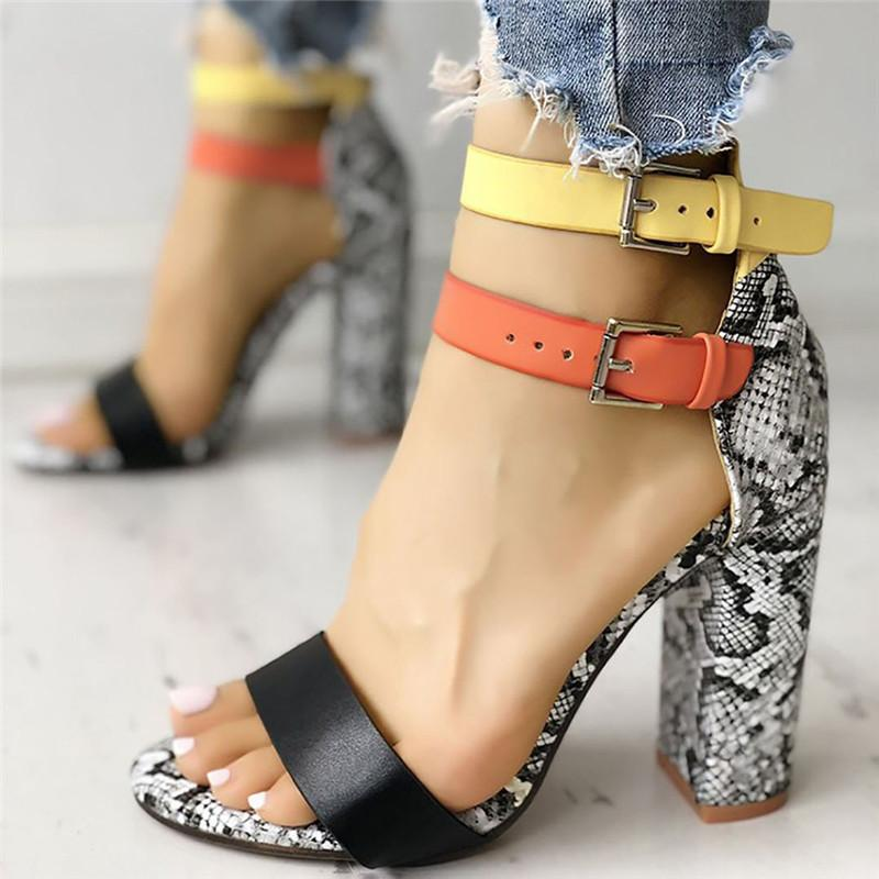 Sandalias Mujer 2019 Kadın Bayan Moda Karışık Renkler Yılan Yüksek Topuklar Toka Sandalet Günlük Ayakkabılar Dropship M # 24 T200515