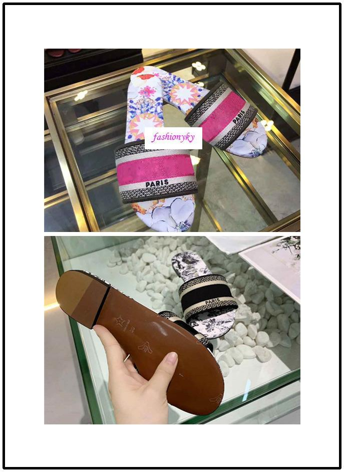 Adatti a nuovo Dazzle Fiori Pantofole donna Sandali piatti Designer Shoes diapositive Dazzle Flowers ricamo floreale a strisce Sandalo