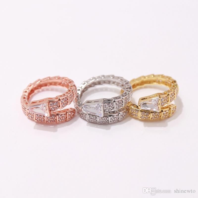 Vendita di modo delicato Lady Brass Snakelike Snake Impostazione pieno di diamanti placcato oro 18K nozze impegno Anelli aperti 3 formato libero colore