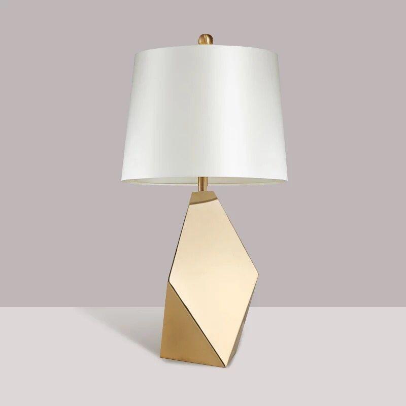 الذهبي الأمريكية الحديثة LED الجدول مصباح بسيط فاخر ضوء الجدول لغرفة المعيشة السرير نوم LED الإبداعية الجدول مصباح
