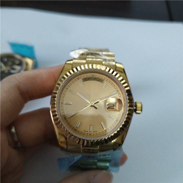 Top-Qualität Mannuhr mechanische Automatikuhren Fashion Style Goldfarbe Armbanduhr R39