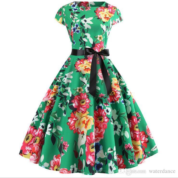New retro printed short-sleeved Hepburn wind belt big swing Casual dress 10 color ladies dress princess dress cute skirt simple atmosphere