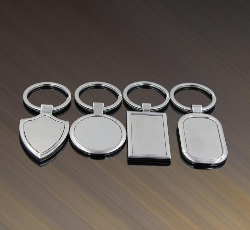 100 unids / lote 4 diseños más nuevos llaveros en blanco de metal publicidad logotipo personalizado llaveros para regalos promocionales EE.