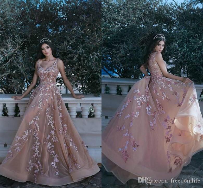New Arrival Saudi Arabia Evening Dresses 2019 V-Neck Sexy Floral Lace Vestidos De Festa Long Party Dress Prom Formal Pageant Celebrity Gowns