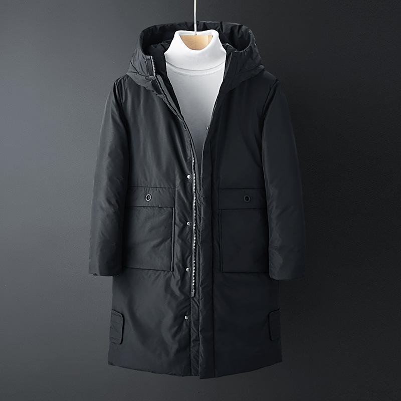 Ropa de Invierno 2019 Nueva chaqueta abajo moda hombre de marca delgadas ocasionales con capucha caliente grueso pato blanco abajo largos de la capa masculina 4XL SH190930