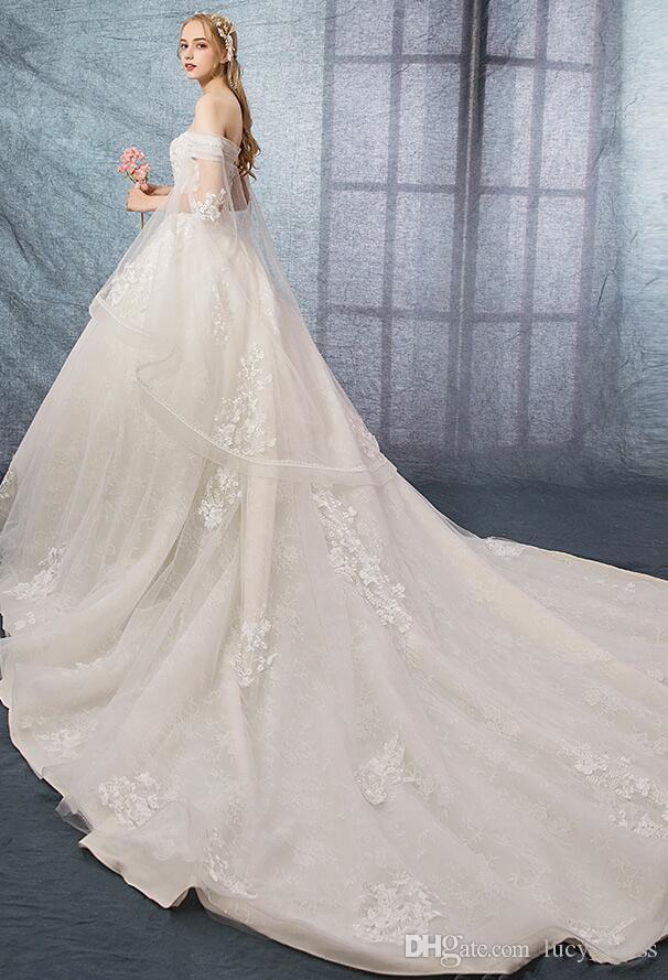 Princess Ball Gown Wedding Dresses Off-the-shoulder Sweetheart With Cowl Backs Vintage Lace Appliques Chapel Train Wedding Bridal Gowns