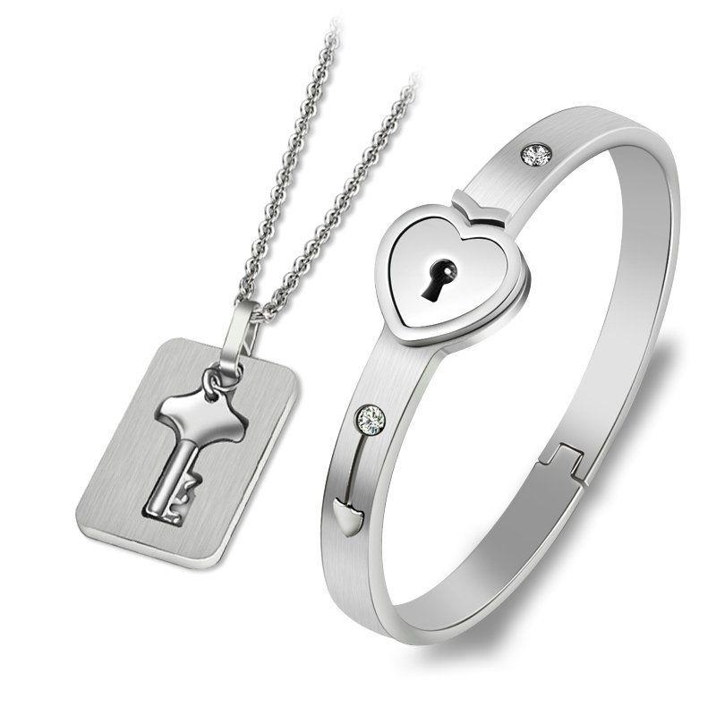 Regalo del día de San Valentín Conjuntos de joyas de acero inoxidable Love Heart Lock Pulseras Brazaletes Llavero Colgante Collar Parejas