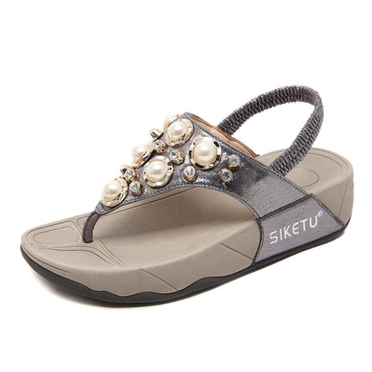 De haute qualité 2020 nouvelles sandales, les strass des femmes, des muffins, perles de fond, la pente et la lumière de grandes sandales pour le commerce extérieur gratuit shippi