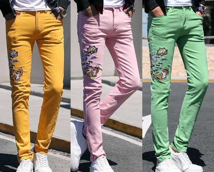 2020 floral de la flor de la nueva manera de los hombres flaco Stretch Jeans bordado medias pantalones casuales de color rosa verde amarillo