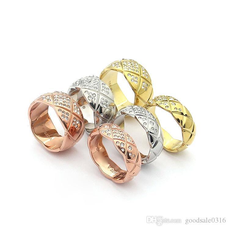 Patrón de la moda Marca 316L de acero de titanio anillo de piedra de la tela escocesa de piedra anillo de 18 quilates de oro rosa a cuadros anchas Parejas Edición Anillo