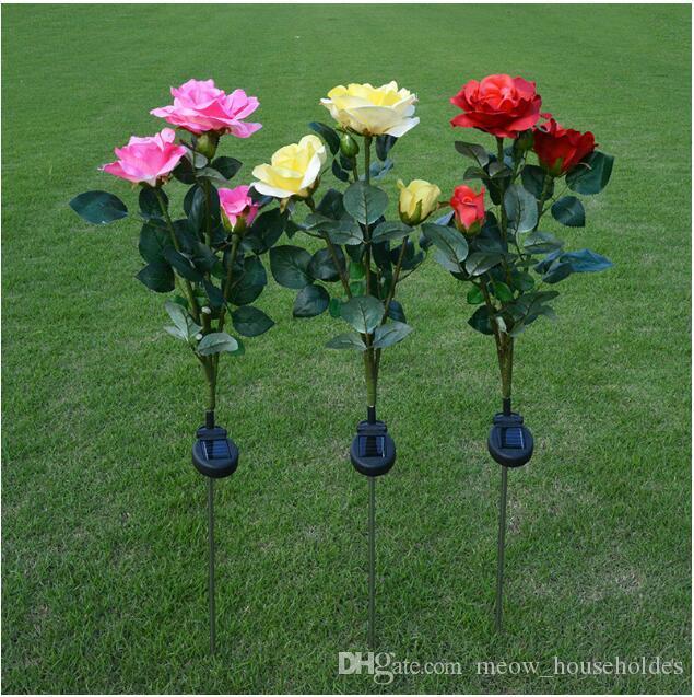 Três lanternas de Rosa solares com LED-do-chão de Inclusão Simulado Flor Lanternas Garden Courtyard decorativa Lantern Lawn Lantern