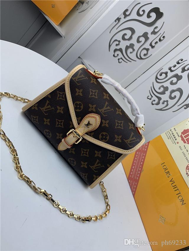 Genuine Cow Leather Cloud Bag Soft Wrinkled Dumplings Shoulder Messenger Luxury Handbags Women Designers Clutches Single Shoulder Oblique