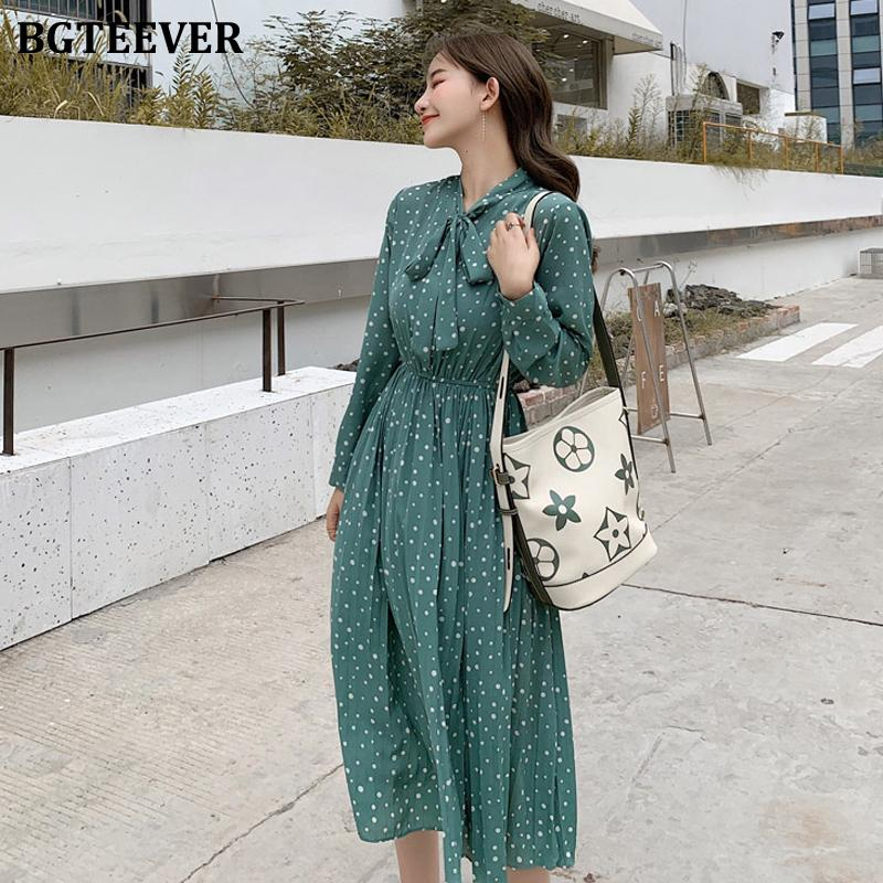 캐주얼 드레스 BGTEEVER BOW-NEAR 폴카 도트 여성 드레스 전체 슬리브 탄성 허리 시폰 PLEATED 여성 2021 가을 미디 Vestidos Femme