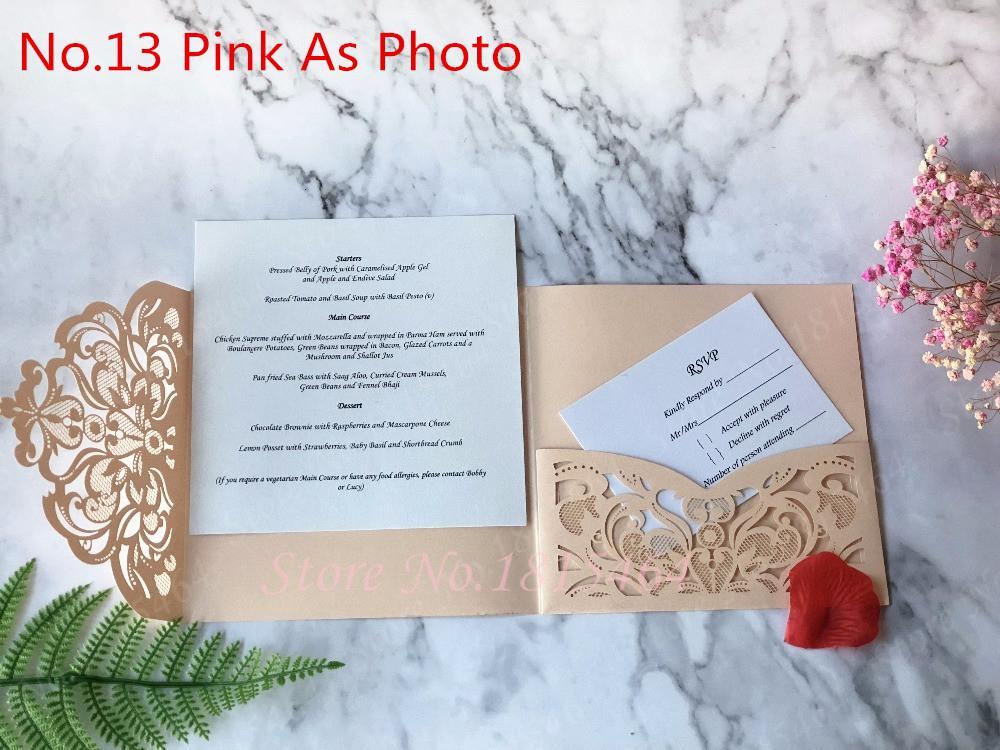 Fleurs Tri place 50pcs fois personnalisé papier placé découpe laser de mariage de voeux Invitations RSVP Cartes de célébration SH190923