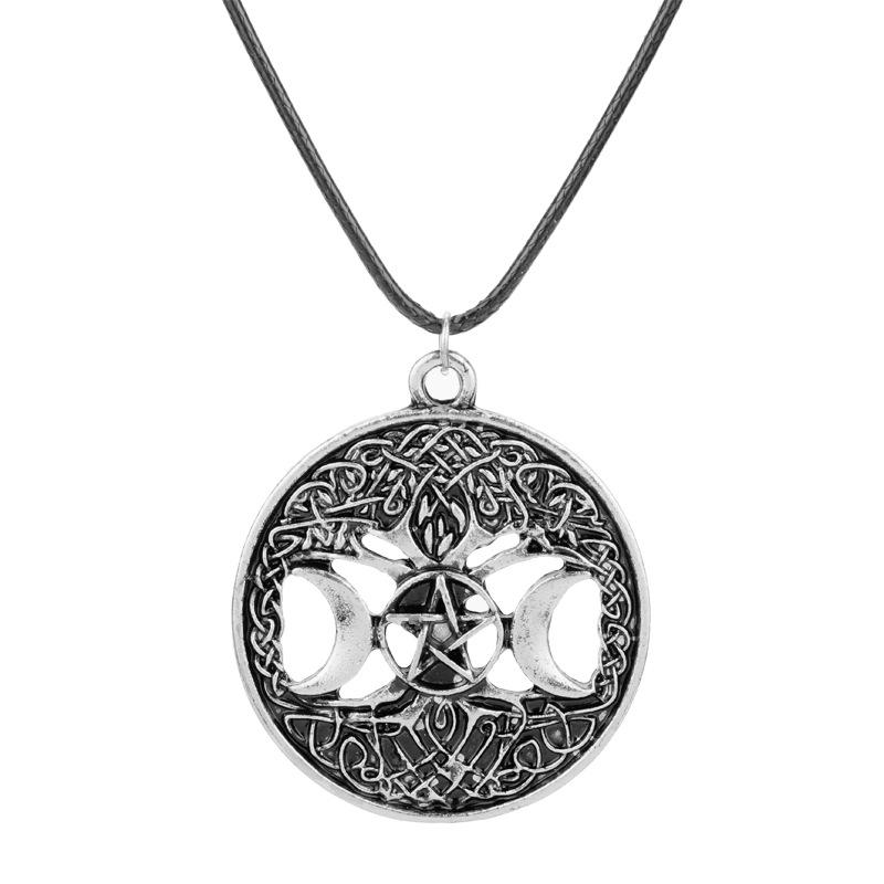 Witchcraft Pentagram Vikings Triple Moon Goddess Necklace Gothic Supernatural Five Pointed Star Round Pendant Necklaces For Women Jewelry