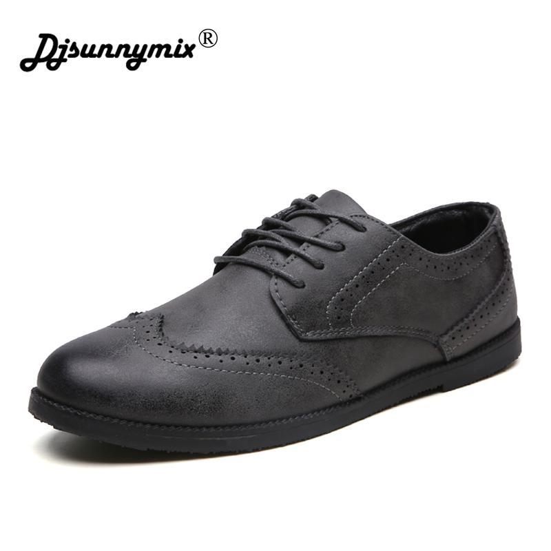 Homens Oxfords Sapatos De Couro De Microfibra Preto Britânico Bege Sapatos artesanais confortável vestido formal homens flats Lace-Up Bullock