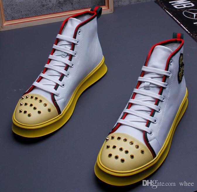 Großhandel 2019 Neue Männer Müßiggänger Handgemachte Bequeme Abschlussball Quinceanera Nieten Hohe Beiläufige Schuhe Der Männer Oxford Schuhe Größe: