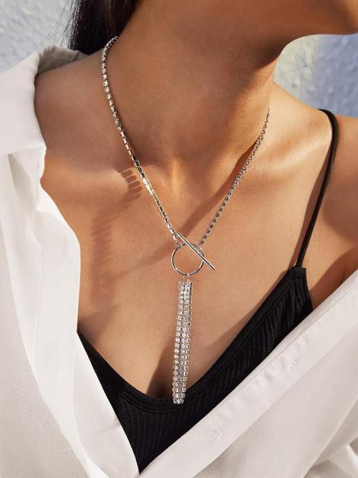 Nuevo Diseño Garra Gargantilla para las mujeres La cadena linda cristalina del Rhinestone garra collar del patrón de la borla