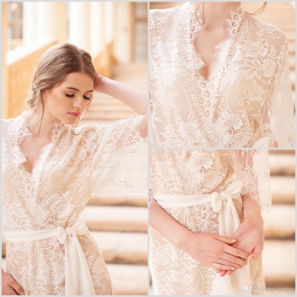 Hit item Whole Lace Lolita manga curta Pijamas V Neck Mulheres Robe Sexy Sheer Xaile Banho Pijamas 2020 New Prom dama de honra Roupa Início