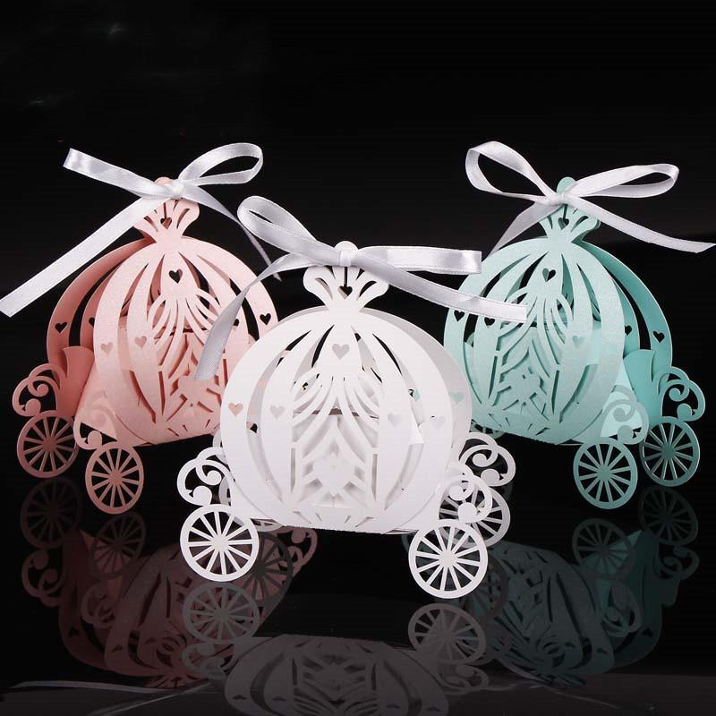 2019 50шт Laser Cut Pumpkin Carriage Wedding Candy Favor Box Pearl Цвет бумаги Candy Box Baby Shower подарок на день рождения