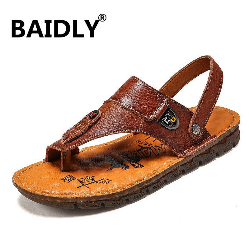 Neue Herren Sandalen Sommer echtes Leder Sandalen für Herren Trekking Breathable Art und Weise beiläufige Schuhe Schuhe De Hombre