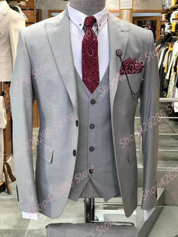 Uomo Slim Fit vestito reale Immagine sposo Blazer 3 pezzo conferisce al rivestimento Pantaloni Imposta festa di nozze Tuxedo Suits abitudine Homme Mariage 2020