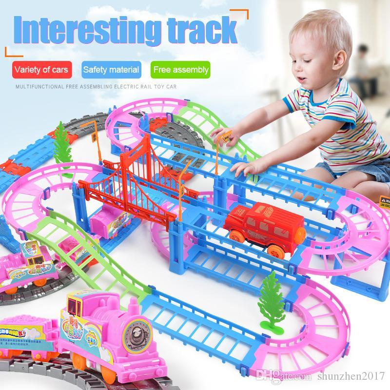 Oyuncak İçin Çocuk Boy Yaratıcı DIY 3D Esnek Elektrikli Raylı Hız Araba Tren Modeli Renk Pist Yarışı Araba Eğlence birleştirin