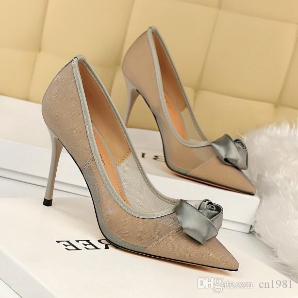 Designer Luxus Frau Rose Blume hohe Absätze Kleid Schuhe Sandalen Promi High Heels spitzen Zehen sexy Stilett-Partei-Hochzeit Schuhe Netz