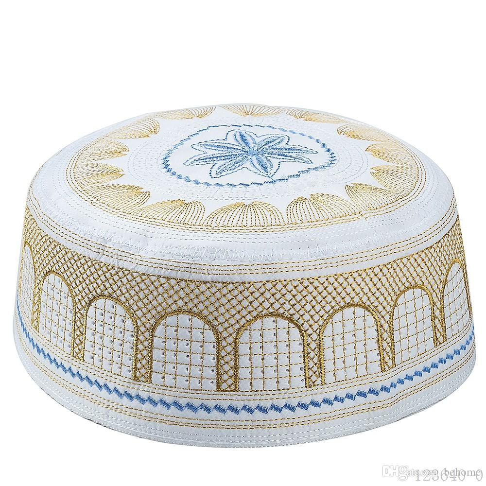 Classic Quality Embroidered Muslim Muslim Male Hat Muslim Worship Hat Saudi Arabian Emirates Hat High Quality Christmas Free Gift Shipping