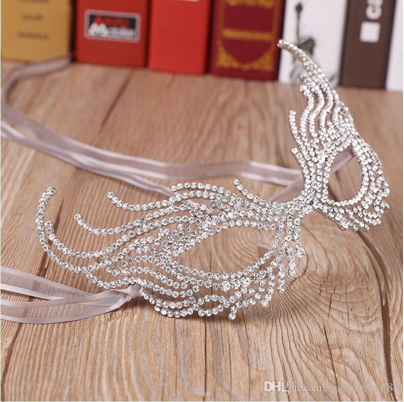 Hot 2020 New Halloween Party Half Face Mask Eye Mask Special Party Mask Rhinestone Alloy Crown Wholesale