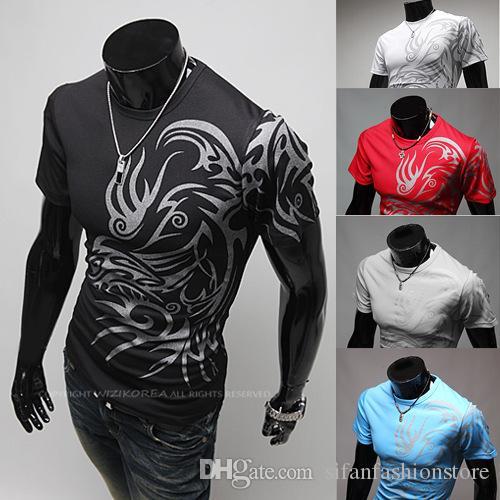 Marka Tasarımcı Asya Boyut Erkekler Yuvarlak Yaka Kısa Kollu T Shirt Yeni Dövme Tişört Moda Erkekler Ejderha Baskı Tees Tops