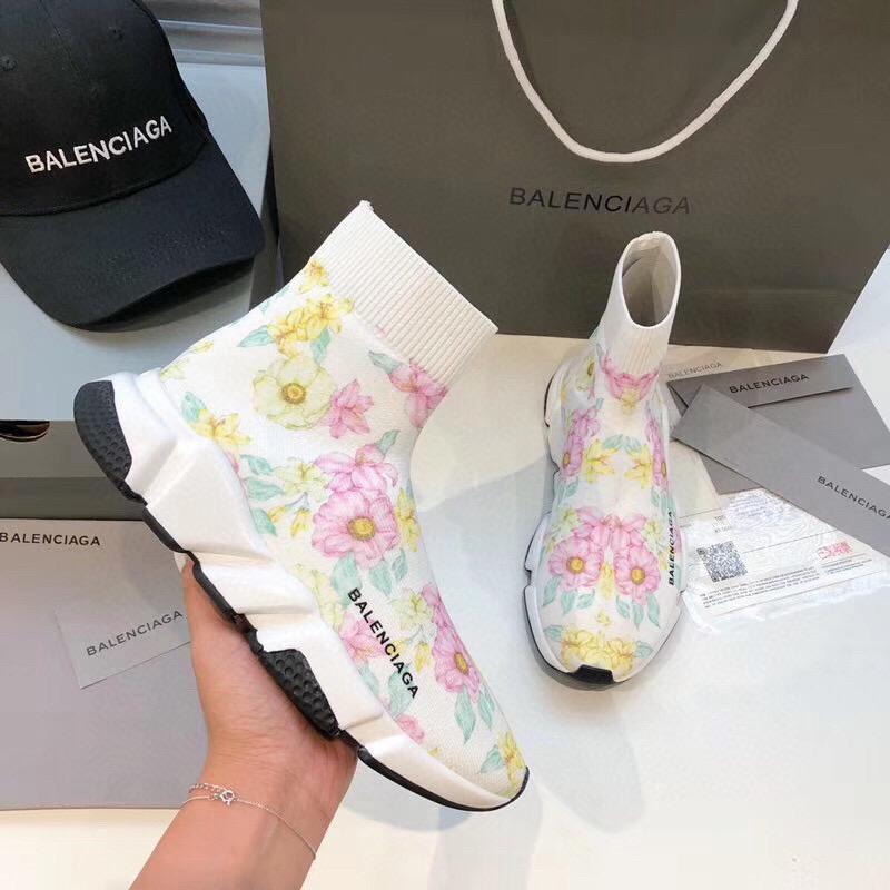 2019 zapatos Hombres Mujeres papá Racer 7 colores zapatos transpirables Lightweght pie amantes de los zapatos 35-45 envío libre a002