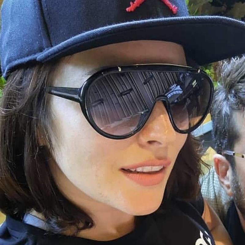 الجملة جديد قطعة واحدة درع نظارات المرأة أزياء كبير نظارات شمس رجل مزدوج الألوان عدسة oculos أنثى فريد ظلال uv400