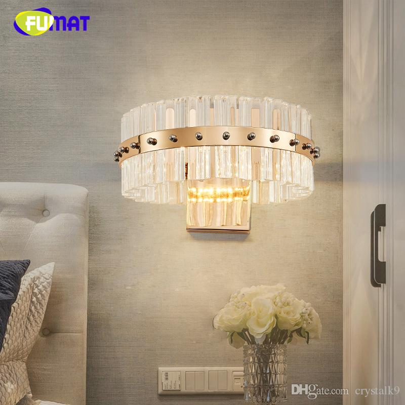 Breve FUMAT cristalina moderna de la lámpara de pared aplique Lustre diseñador creativo de noche Sala de estar Lámparas de pared caliente de las luces LED de pared blanca