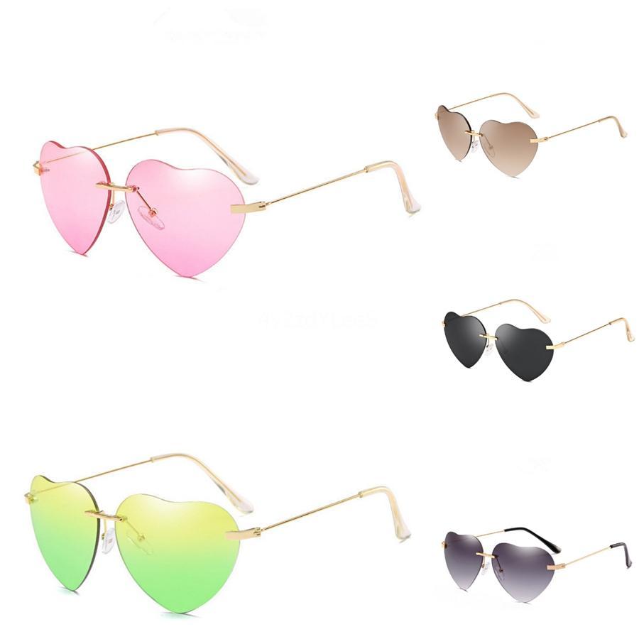 2020 en forme de coeur Sunglasee femmes bonbons Couleurs Voyage dégradé Objectif Vintage Sunglass UV400 Oculos bonbons couleur pour les femmes # 49867