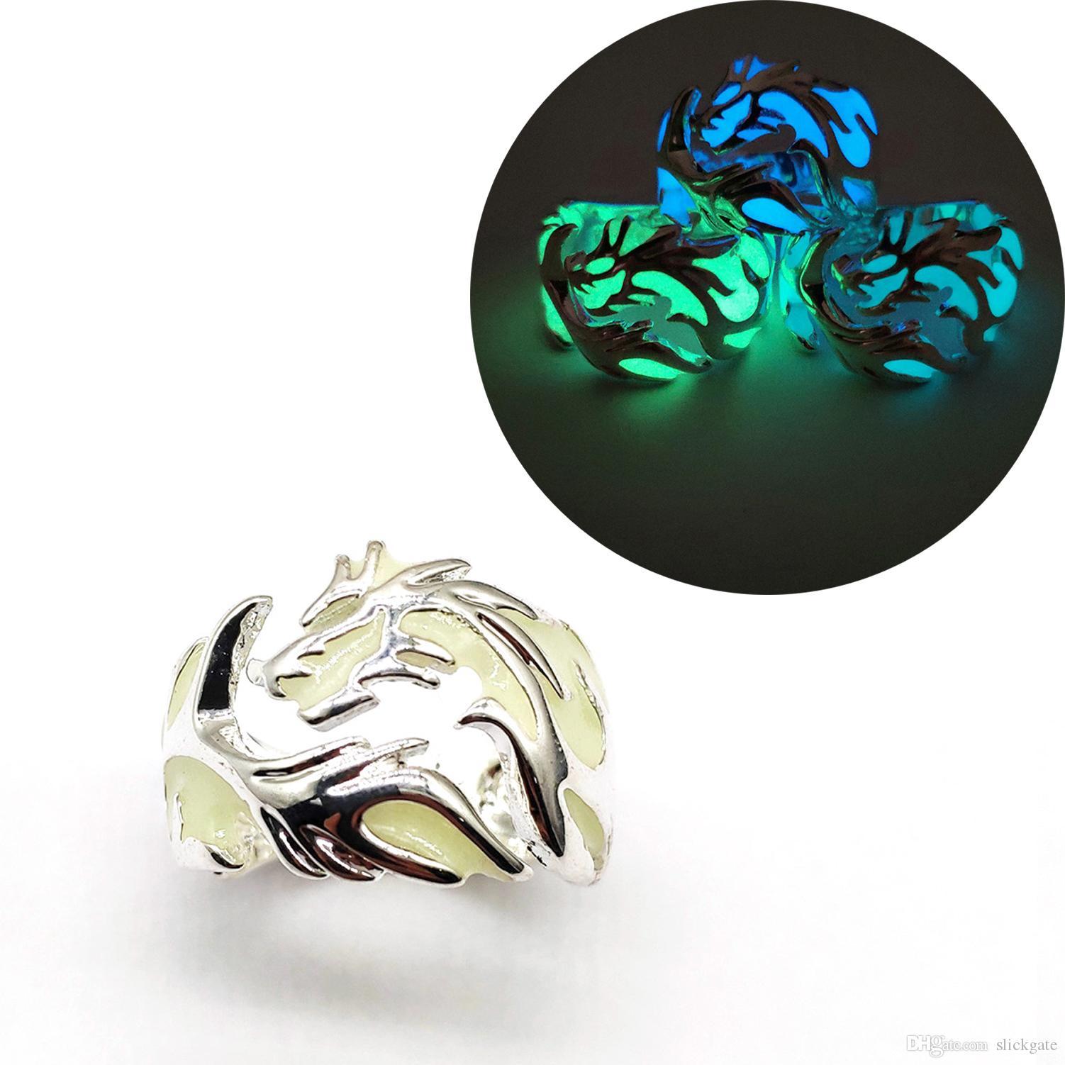Gratuit DHL Punk Style Charme Lumineux Dragon Anneaux Brillant Dans La Lune Noire Anneau Hommes Femmes Halloween Bijoux Cadeau D'anniversaire 6 Styles M307F
