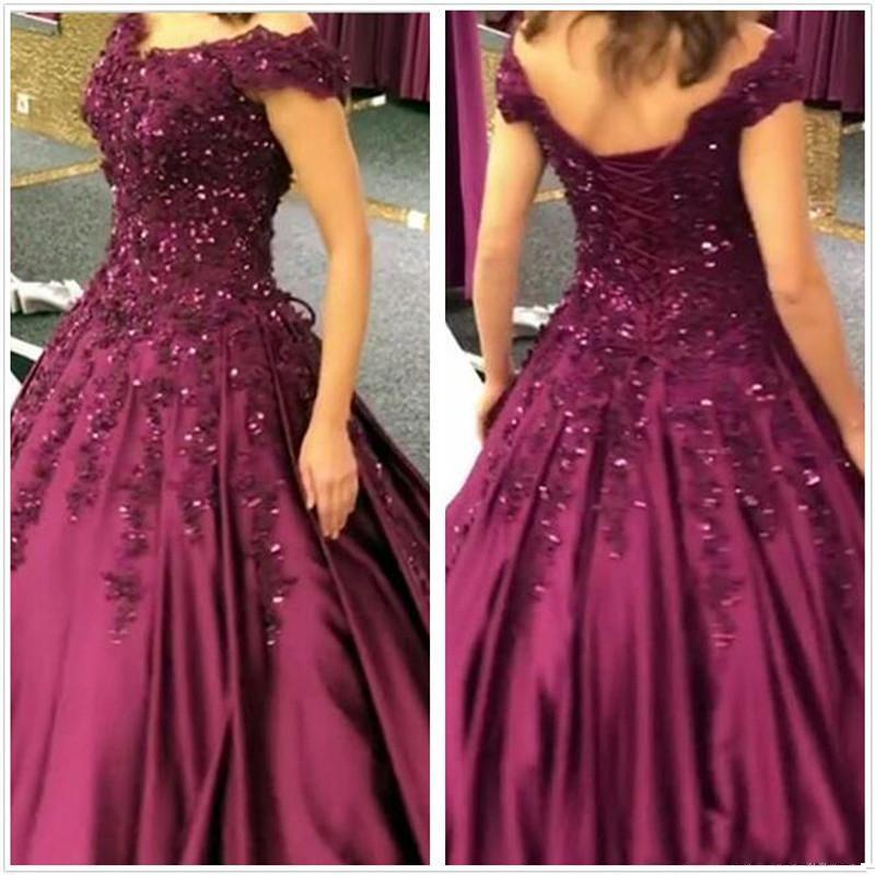 2019 New Arrival Sexy Prom Dresses A-Line Off Shoulder Lace Appliques Beaded Satin Sweep Train Plus Size Formal Party Dress Evening Gowns