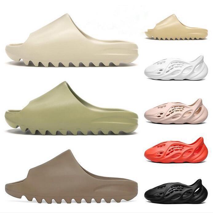 Espuma Runner Kanye West Slippers Osso Branco Triplo Black Resin Slides Sandals Homens Mulheres Moda Loafers Slipper