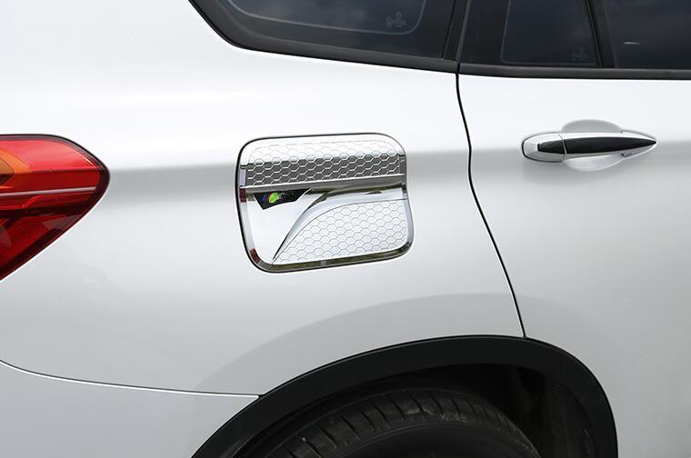 Yüksek kalite ABS krom araba yağ tankı dekorasyon kapak, BMW X1 F48 2009-2019 için yakıt tankı decorationcapr sticker