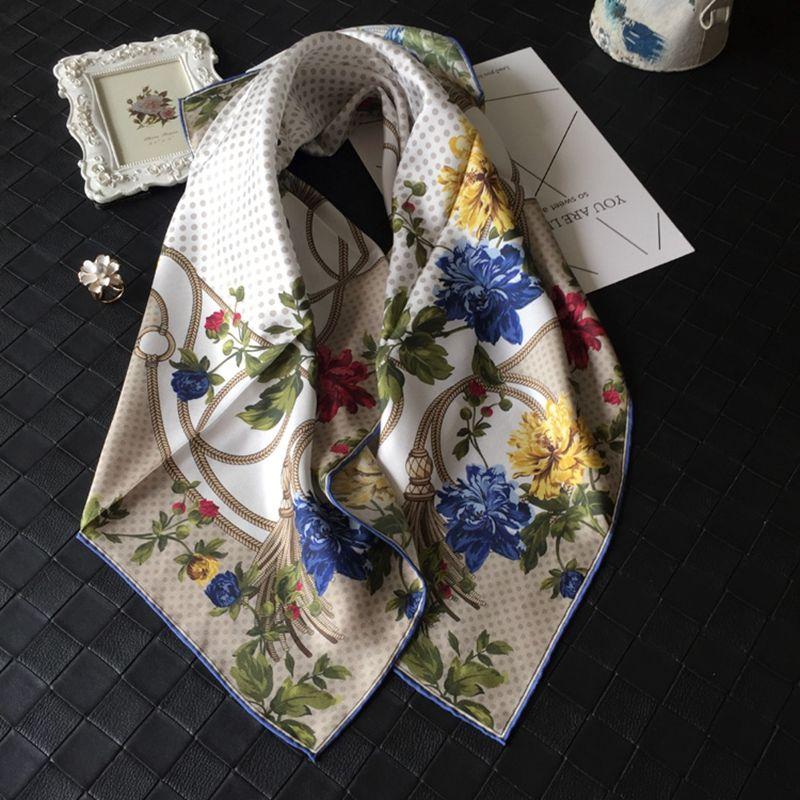 Charme de pois imprimé floral Grand carré 100% soie foulard châle Hijab 88x88cm