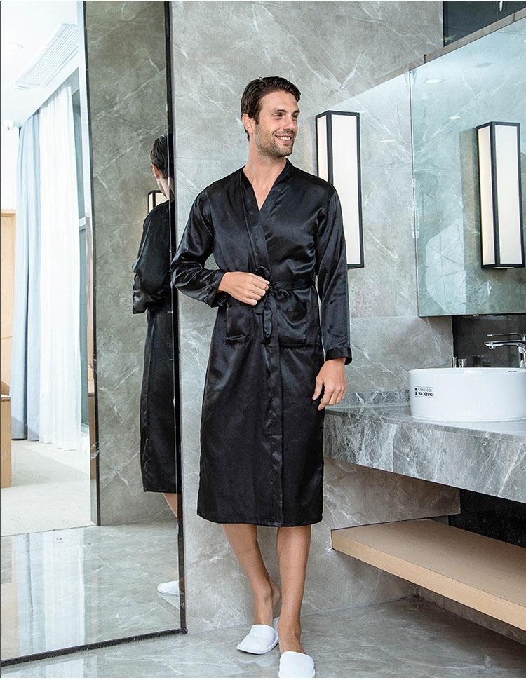 Katı Siyah Sağdıç Robe Erkekler İpek Saten Robe Yaz Casual pijamalar V-Boyun Kimono Yukata Bornoz Önlük Boyut S M L XL XXL