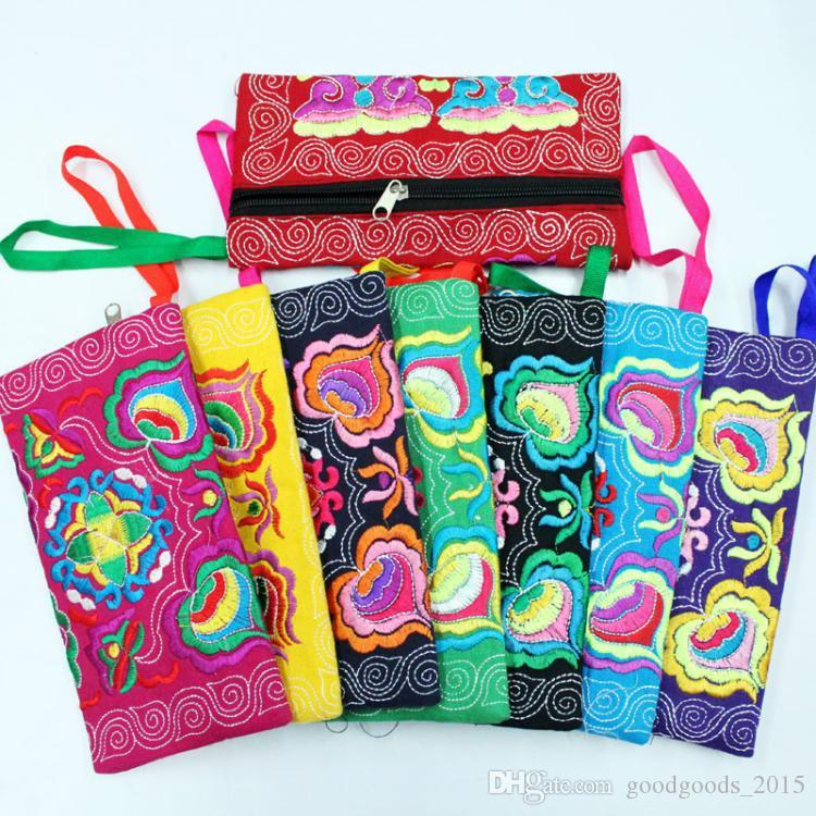 Most Popular Women Ethnic Embroidered Wristlet Clutch Bag Vintage Purse Wallet Polyester fiber Coin Purses DLH093