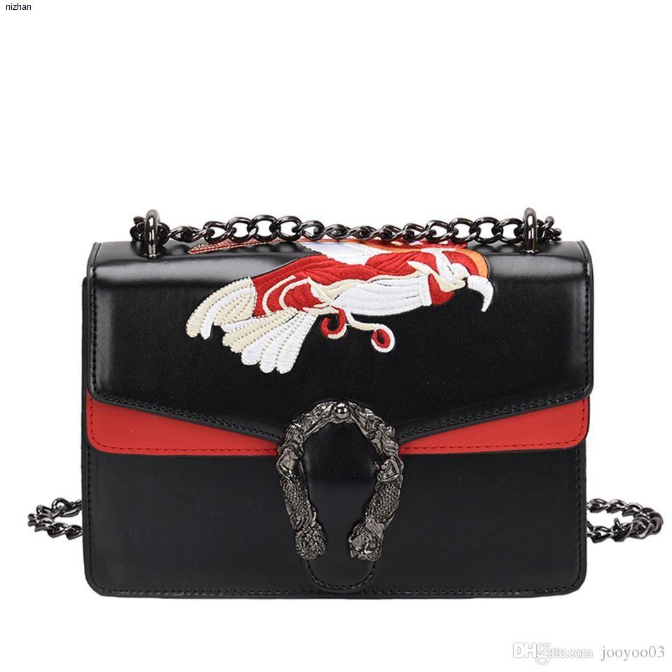 Bag Autunno Inverno Femminile nuova catena Piccola Piazza Borsa Versione coreana della marea moda ricamo Bacco serpente capo della spalla Messenger