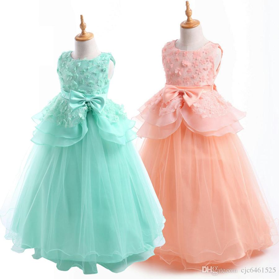 Lovely Lace Sleeveless Christening Dress Little Girls Bubble Skirt Satin Christening Baptism Floral Embroidered Dress Gown Outfit