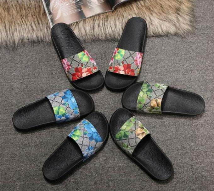 Grande taille us5- US13 Hommes Femmes Animaux de fleurs Sandales d'été Diapo Summer Fashion plat large Slippery Sandales Slipper boîte à fleurs