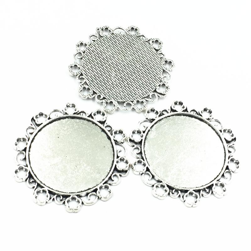5Pcs Silver Tone Flower Lace Metal Necklace Pendant Setting Cabochon Cameo Base Tray Bezel Blank Fit 34mm Cabochons Jewelry 49mm